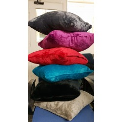 BRAND NEW BEAUTIFUL FAUX FUR CUSHIONS